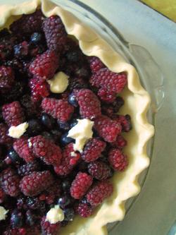 Pie_raw_berries